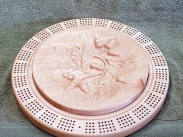 Cribbage 18 - 02. 4-player track. Hard Maple. Top with 3D carving. Lacquer finish.